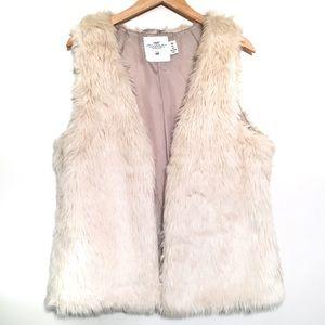H&M   L.O.G.G Faux Fur Vest (L)